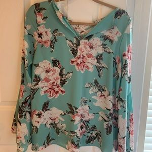 Floral blouse!